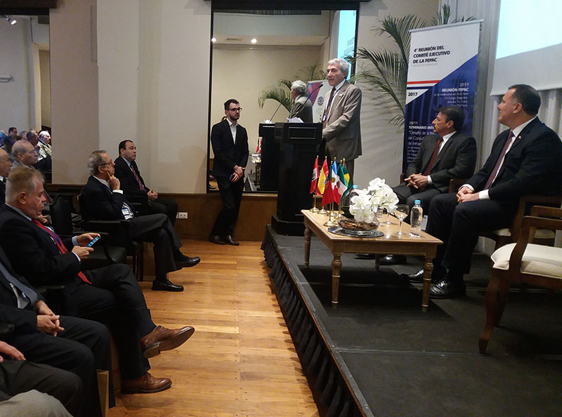 Ministro MOPC, Economista Ramón Jiménez Gaona, Presidente de la CPC, Ing. Humberto Costanzo, Presidente de la FEPAC, Ing. Ángel Ferrigno